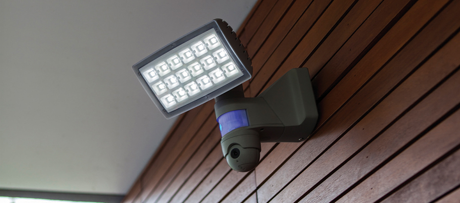 Lutec Peri 25w Outdoor Led Security Floodlight With Pir