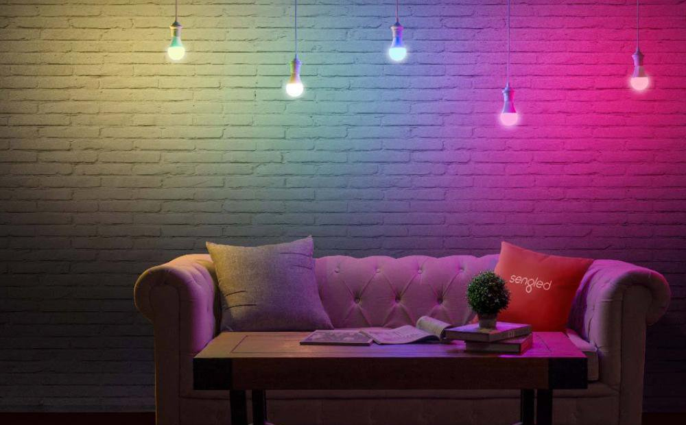 RGBW Multi-Color Smart Light Bulb