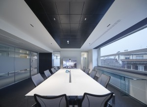 iGuzzini Laser Blade LED Luminaires Redefine Recessed Architectural Lighting