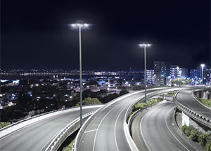 Philips HighFocus LED High Mast Lighting System Pushes Up the Benchmark for Large Area Lighting